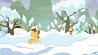 Ponies pop out of the snow S5E5