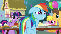 Rainbow Dash grinning nervously S7E23
