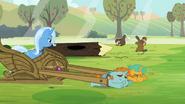S03E05 Trixie przygląda się bobrom