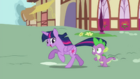 "Twilight ""gotta go...somewhere"" S4E26"