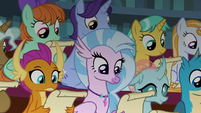 Young Six and students in Twilight's class S8E2