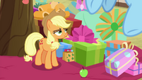 Applejack appears to win her dare BGES1