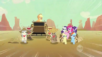 Applejack being told to pull over S2E14