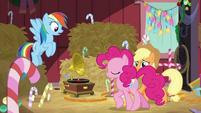 Pinkie whistles while moonwalking BGES2