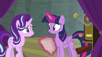 Starlight looking uncertain at Twilight S8E7