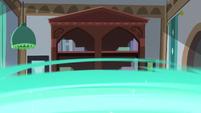 Castle throne room turns into Starlight's house S7E24