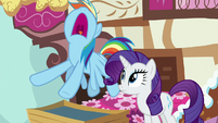 Rainbow Dash groaning with frustration S8E18
