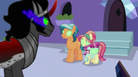 Sombra mind-controls some Crystal Ponies S9E1