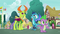 """Spike """"assuming they wouldn't get along"""" S7E15"""