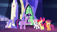 """Twilight Sparkle """"summoned by the Map"""" S8E6"""
