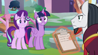 Twilight and Starlight smiling nervously S8E1