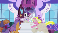 Canterlot ponies racing into the boutique S5E14