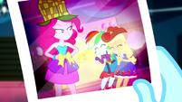 Photo of Pinkie, Rainbow, and Applejack SS2
