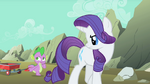 Rarity unimpressed with Spike S01E19