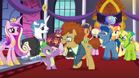 Spike presented with a bouquet of flowers S5E10