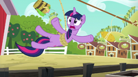 Twilight trips over the pigpen fence S6E10