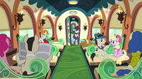 """All Aboard """"Next stop, Crystal Empire!"""" S5E11"""