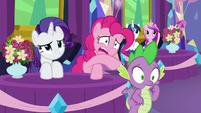 Rarity, Pinkie, and Spike feeling awkward S7E1