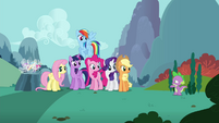 """Spike """"just gonna stay over here"""" S4E16"""