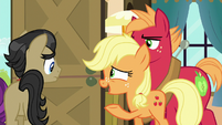 Applejack gesturing houseguests out the door S6E23