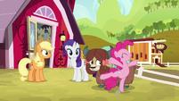 Pinkie Pie twirling around Yona S9E7