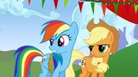 """Rainbow Dash """"you're an egghead"""" S1E13"""