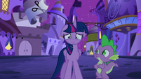 Twilight's eyes start to water S5E12
