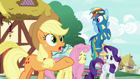 Applejack -we should all be supportive- S8E18