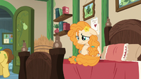 Pear Butter starts crying S7E13