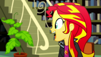 Sunset Shimmer notices a potted plant SS14