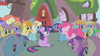 The ponies start asking favors S1E03