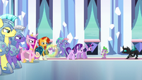 The ponies turn on Thorax S6E16
