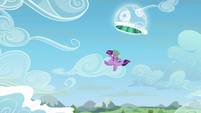 Twilight and Spike leave the portal S5E26