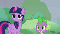 Twilight and Spike looking skeptical S9E25