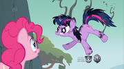 777px-Singed Twilight Sparkle with Pinkie onlooking S1E15.png