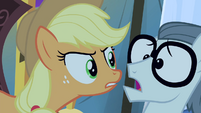 Applejack -You never needed crutches at all- S4E20