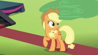 Applejack overhears Pinkie Pie S5E24