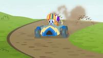 Rainbow's cart kicking up dirt S6E14