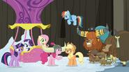 S07E11 Kucyki i jaki rozbawieni żartem Pinkie Pie