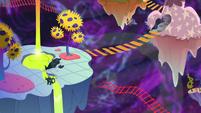 The chaos dimension S5E7