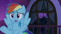 Zombie Daisy lumbers by the window S6E15
