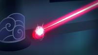 Laser deflects back at refractor gem S9E4