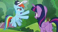 """Rainbow Dash """"not cheering for it"""" S9E15"""