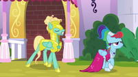 Rainbow leads Zephyr away from his post S9E4
