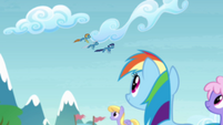 Rainbow seeing the Wonderbolts flying S4E10