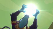 S4E04 Ahuizotl otacza rękoma słońce