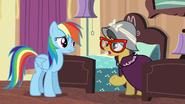 S06E13 A.K Yearling i Rainbow rozmawiają