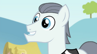 Silver Shill assuring Applejack S4E20