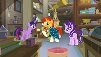 Twilight, Sunburst, and Starlight in the antique shop S7E24