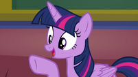 "Twilight Sparkle ""that's a great idea!"" S8E17"